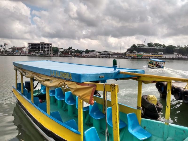 Buscan regular más embarcaciones turísticas