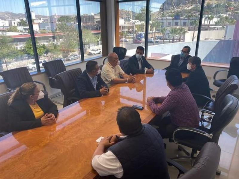 Buscan trabajar en conjunto con comisión del agua en congreso