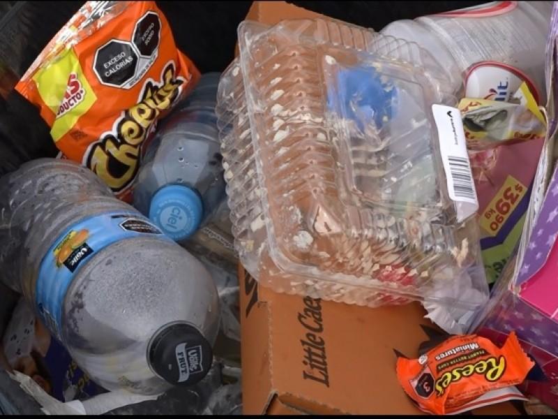 Cabildo continúa trabajando en el reglamento del uso de plásticos