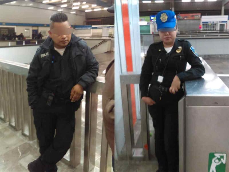 Cachan a policías robando boletos del Metro