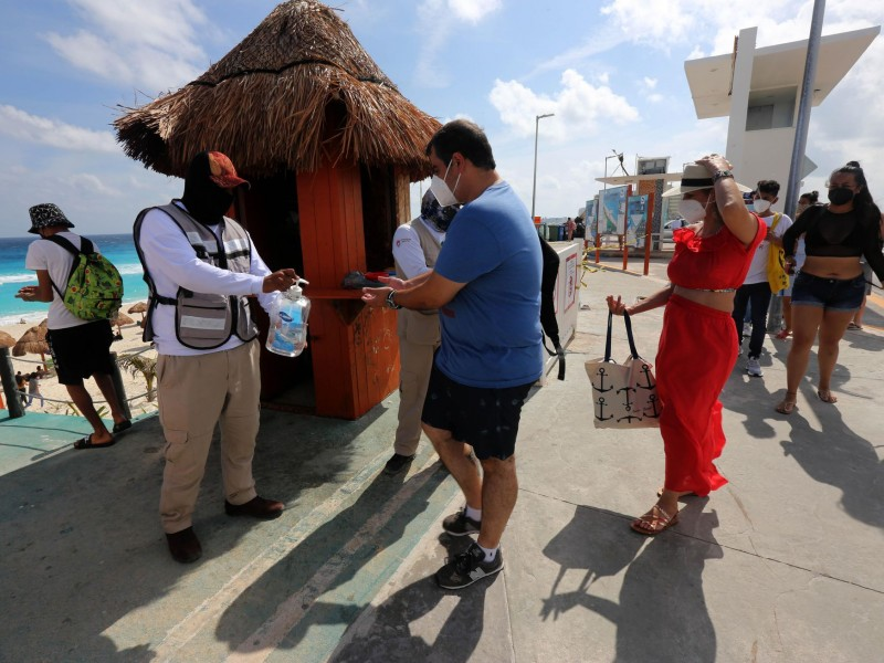 Cae 57.9% el turismo extranjero en febrero