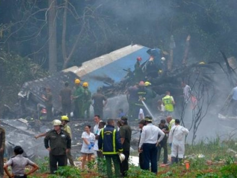 Cae avión con 104 pasajeros en la Habana