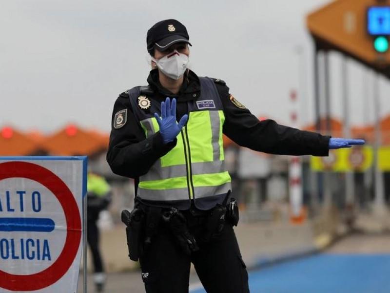 Cae economía, cierran fronteras y suman contagios por coronavirus