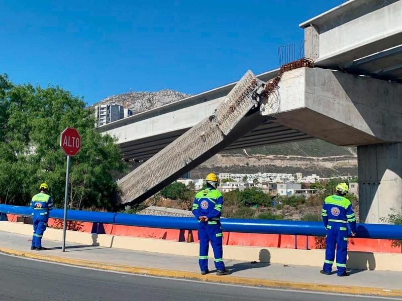 Caen 2 trabes para ampliar autopista Monterrey-Saltillo