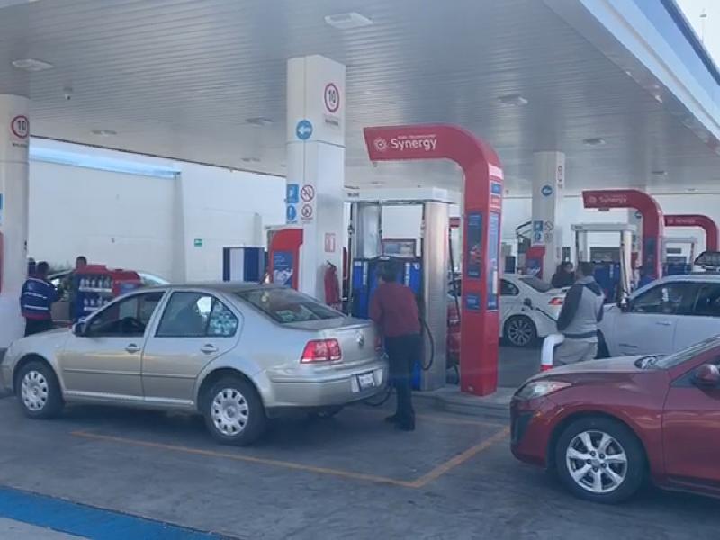 Caen ventas 10% por desabasto de gasolina