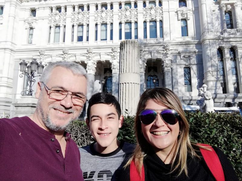Cajemenses viven la cuarentena en España