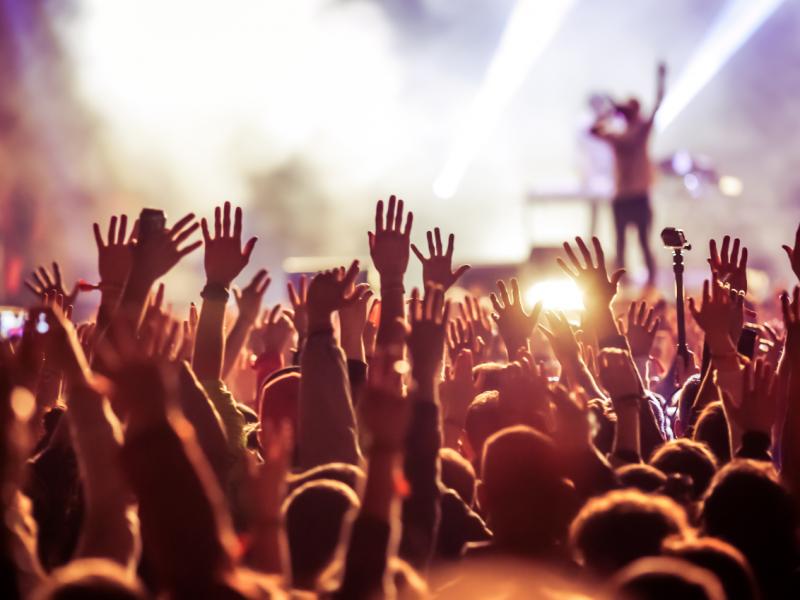 California permitirá conciertos, obras de teatro y reuniones