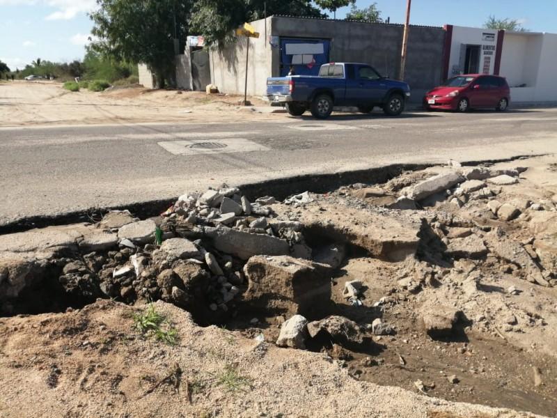 Calles de la colonia Calafia destruídas por las lluvias