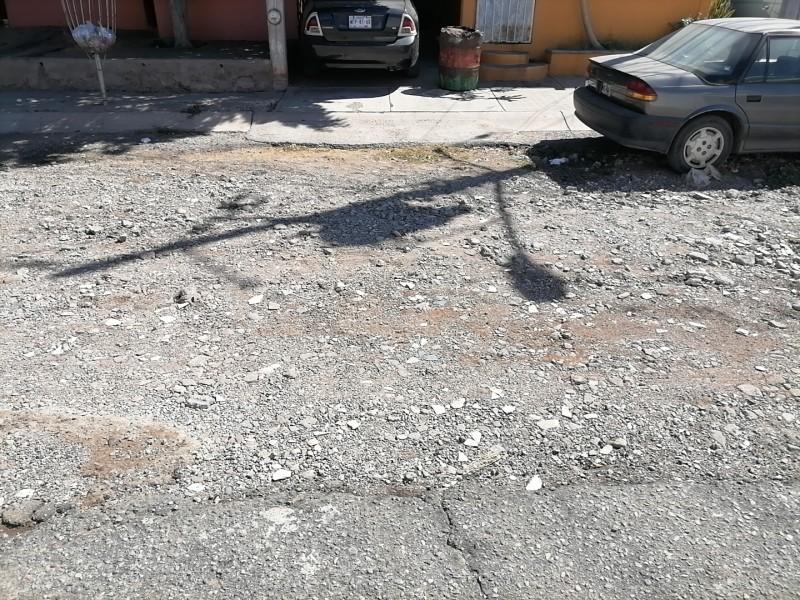 Calles en pesimas condiciones, desde años viven en el tierrero