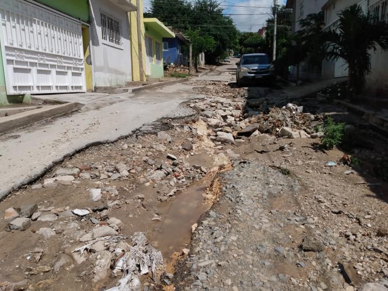 Calles inaccesibles impiden servicios en la colonia Potinaspak