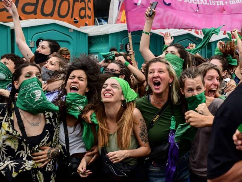 Cámara de Diputados en Argentina aprueba legalización del aborto