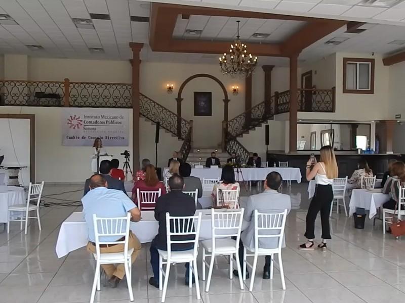 Cambia mesa directiva Colegio de Contadores delegación Nogales