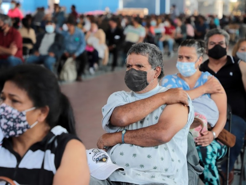 Vacunación para grupo de 40 años iniciará el martes
