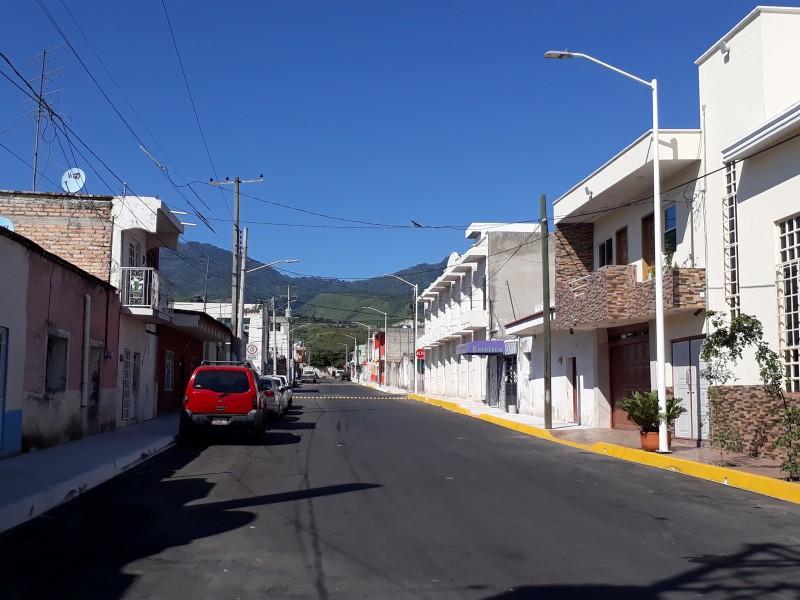 Cambian sentido vial a calle Limantour en Xalisco