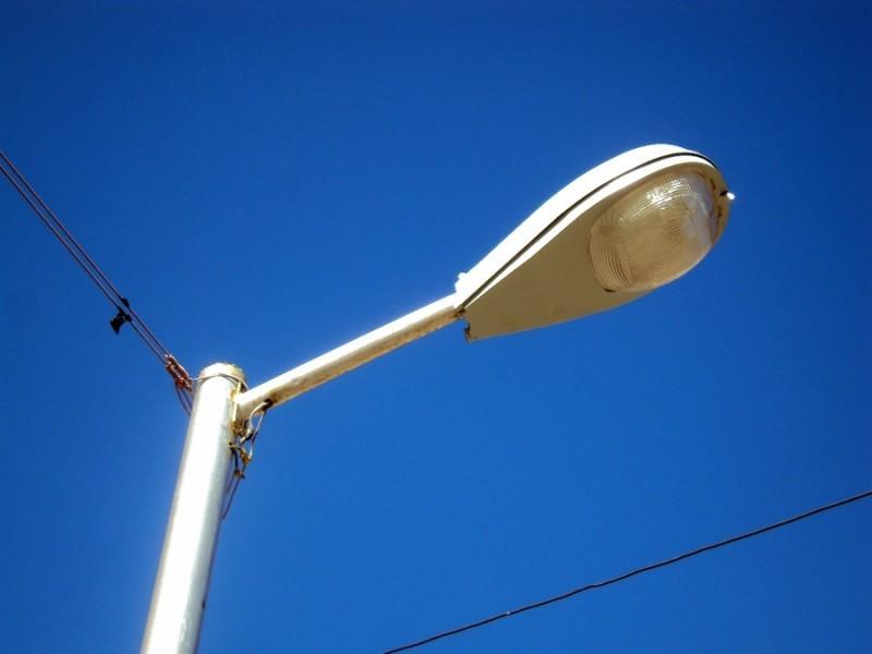 Cambiarán 300 luces de alumbrado llegarán al 80% de iluminación