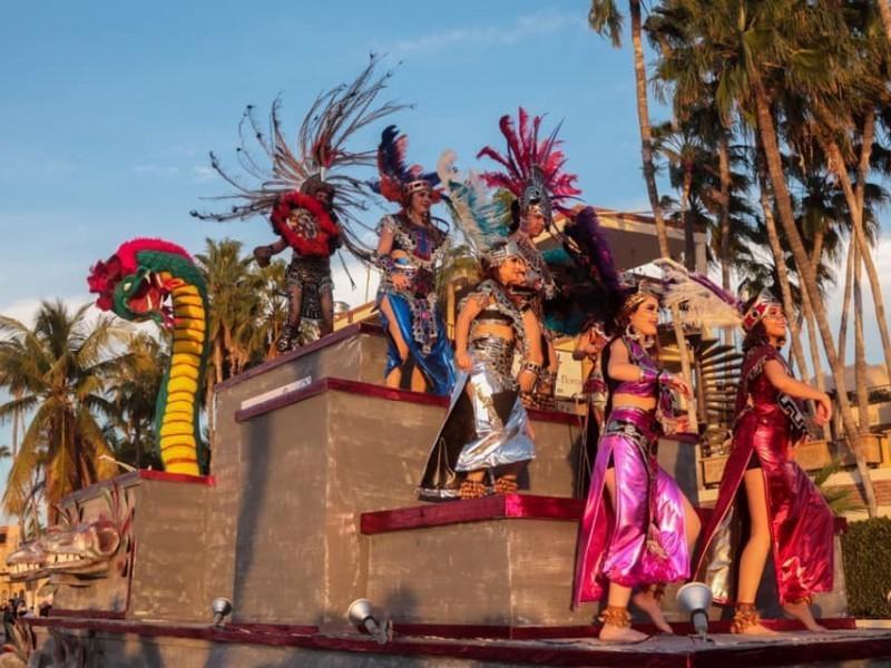 Cancelación del Carnaval genera opiniones opuestas