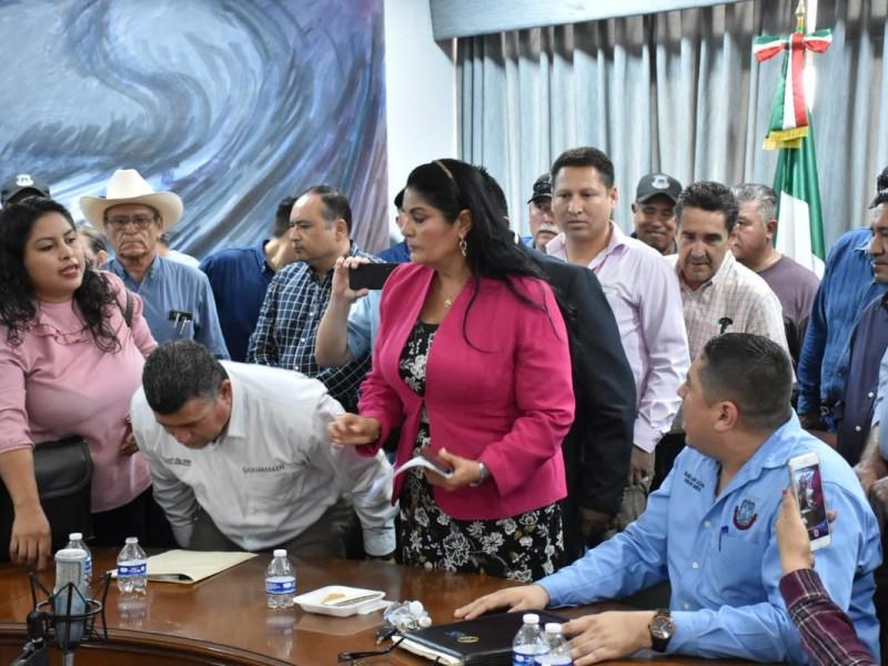 Cancelan Cabildo ante escándalos sindicales