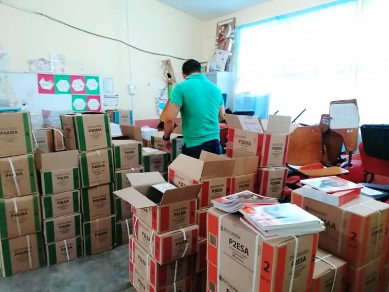 Cancelan en Tuxpan entrega de libros