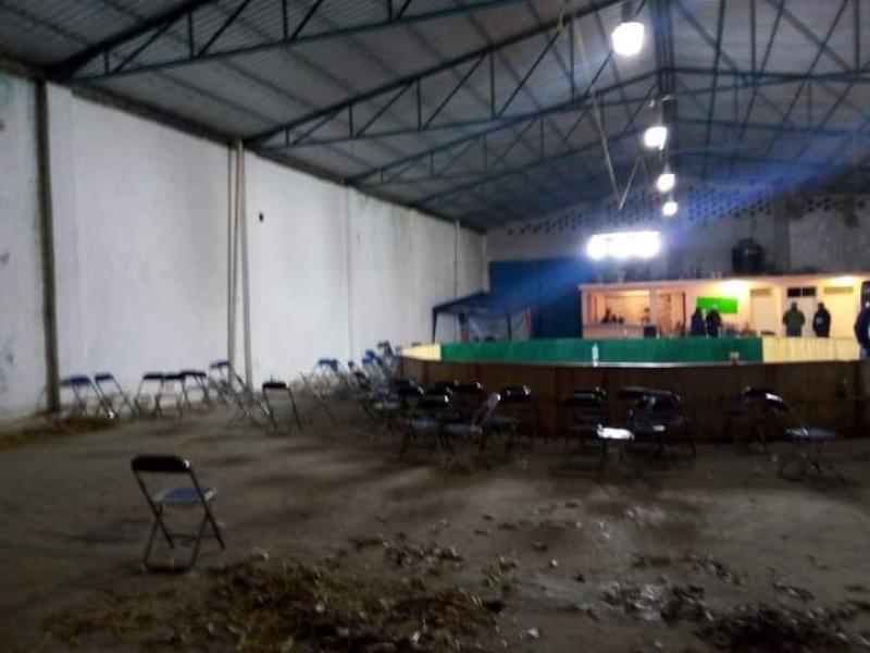 Cancelan pelea de gallos clandestina en municipio de Libres