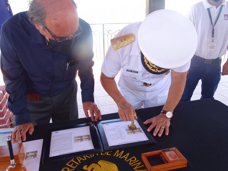 Cancelan timbre postal conmemorativo a 200 aniversario de la Armada