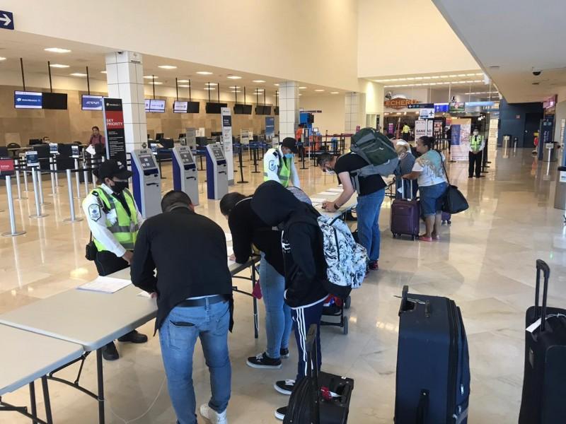 Cancelan vuelos en aeropuerto de Veracruz
