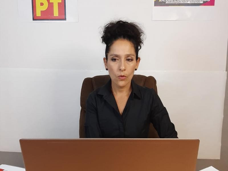 candidata del PT por la gubernatura de Querétaro expone propuestas