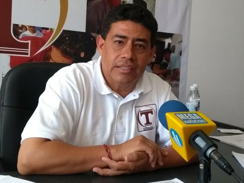 Candidato propone bajar sueldo de Ediles