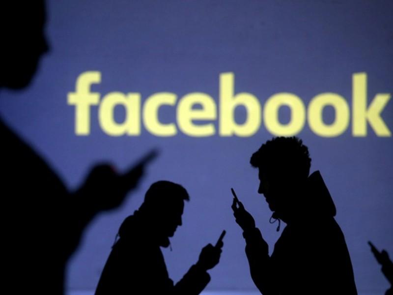Candidatos optan por no usar Facebook por sus políticas transparentes