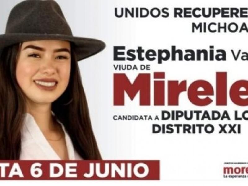 Candidatura de viuda de Mireles causa polémica