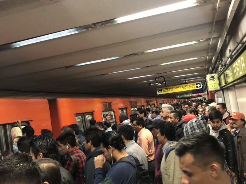 Caos en línea 3 del Metro por fallas