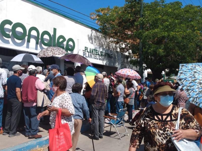 Caos en segunda aplicación de vacunas en Guaymas