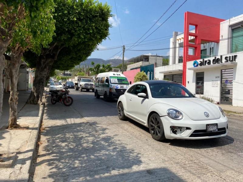 Caos vehicular por manifestaciones y obras en TGZ