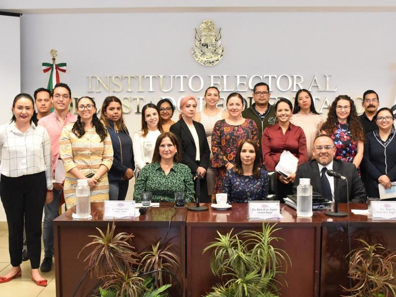 Capacita IEEQ en materia violencia política de género