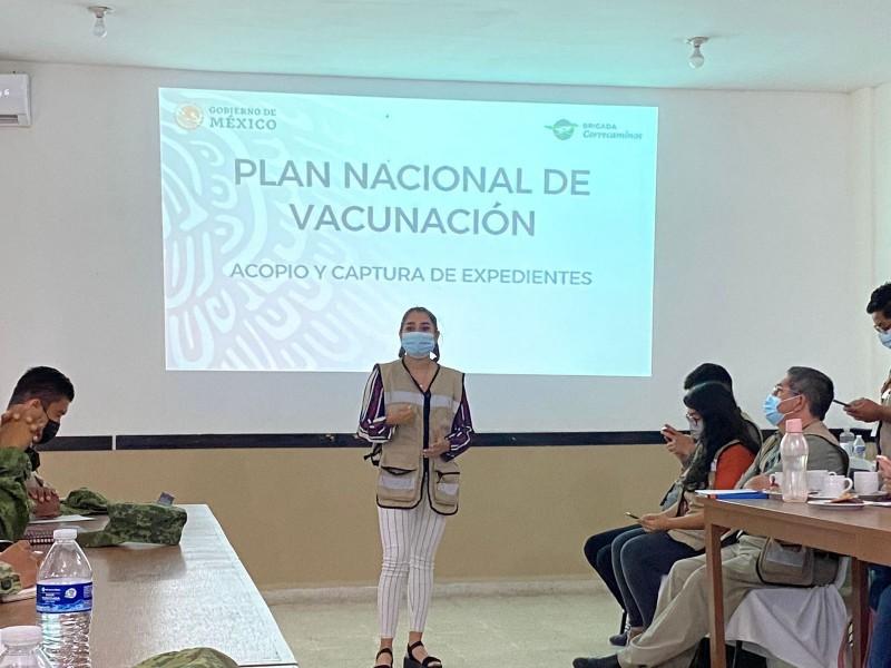 Capacitan a Ejército para acelerar vacunación contra covid en Veracruz