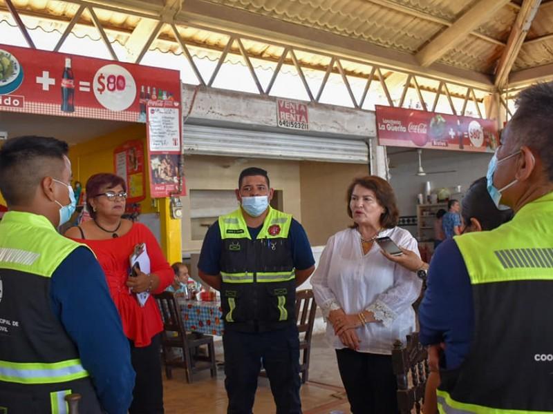 Capacitan a personal del mercado municipal en Navojoa
