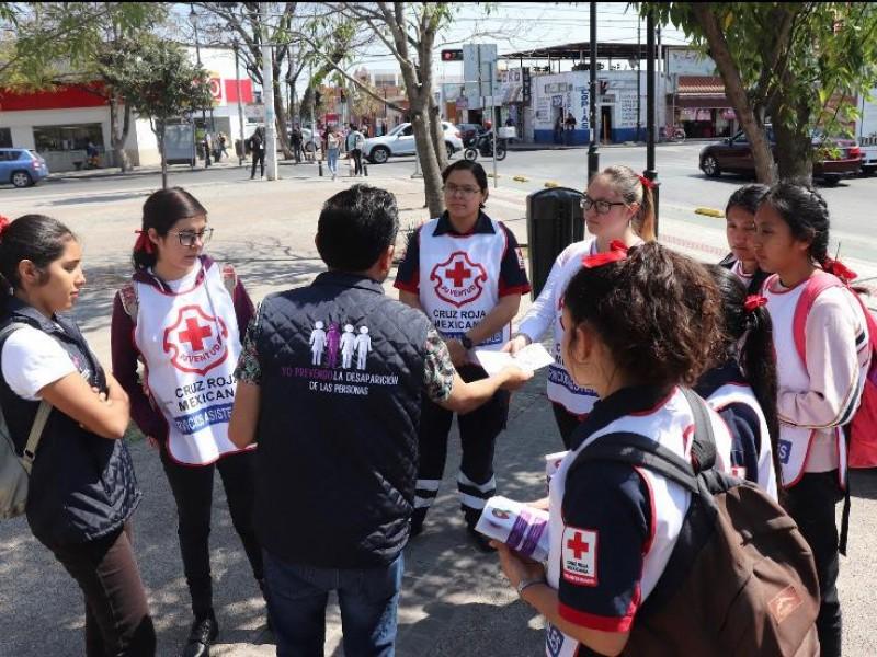 Capacitan a voluntarios para prevenir desaparición forzada