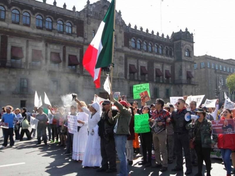 Capitalinos marchan para apoyar a Lòpez Obrador