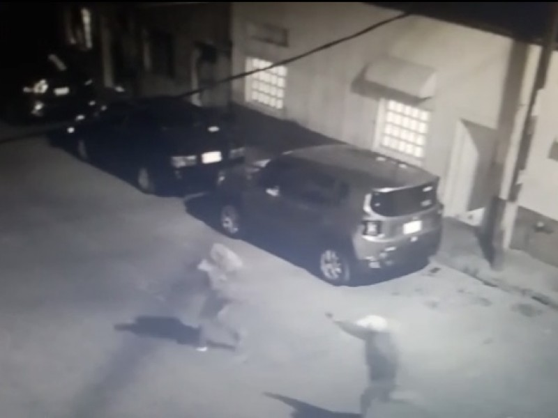 Captan en video asesinato en San Juan de Dios