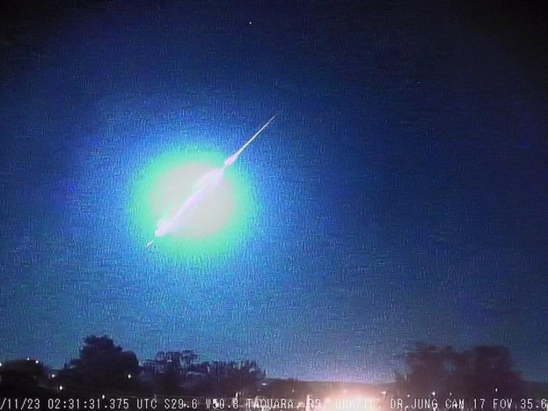 Captan explosión de un meteorito en el cielo de Brasil