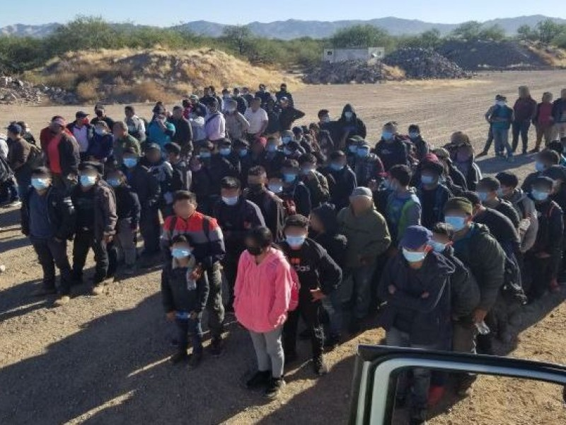 Capturan a 138 migrantes indocumentados en dos casos por separado