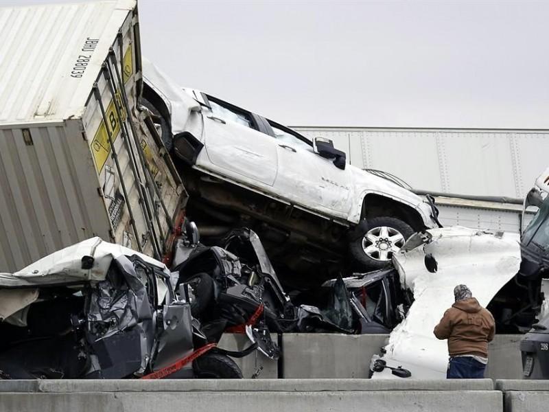 Carambola en Texas deja al menos 6 muertos