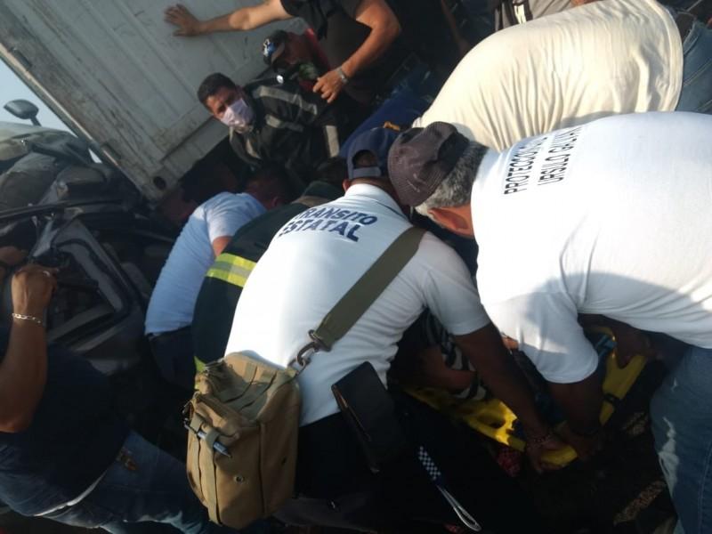 Carambola en Veracruz deja varios lesionados