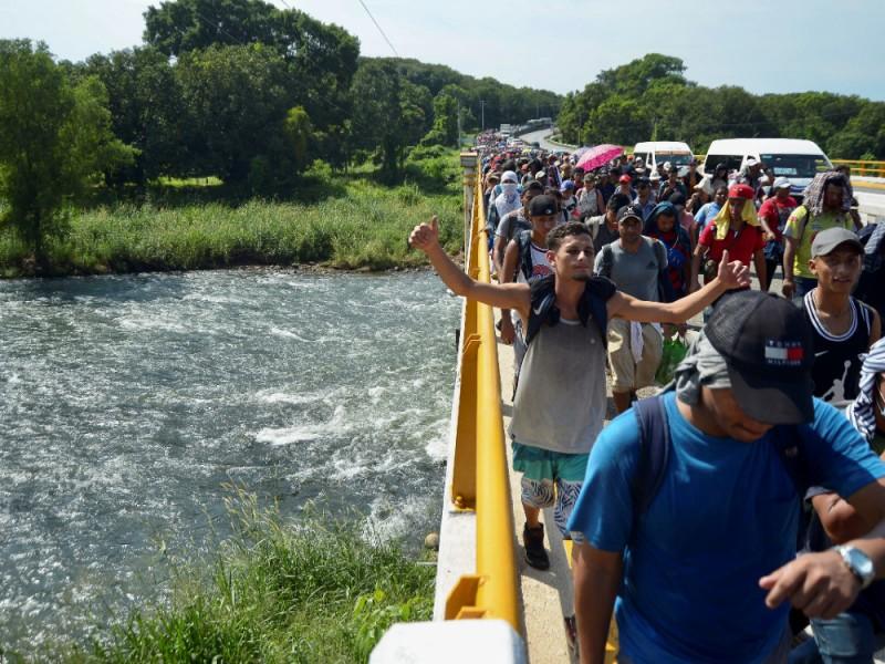 Caravana migrante avanza por Chiapas