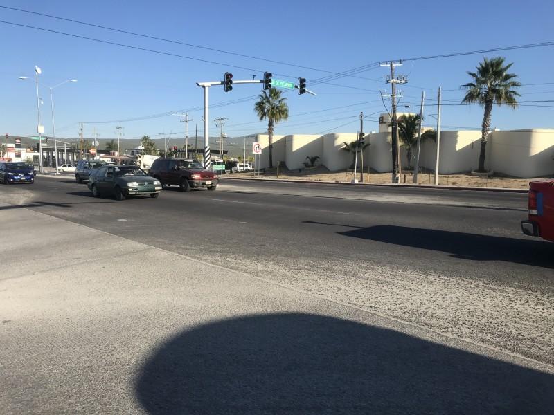 Carretera a Todos Santos carece de señalización
