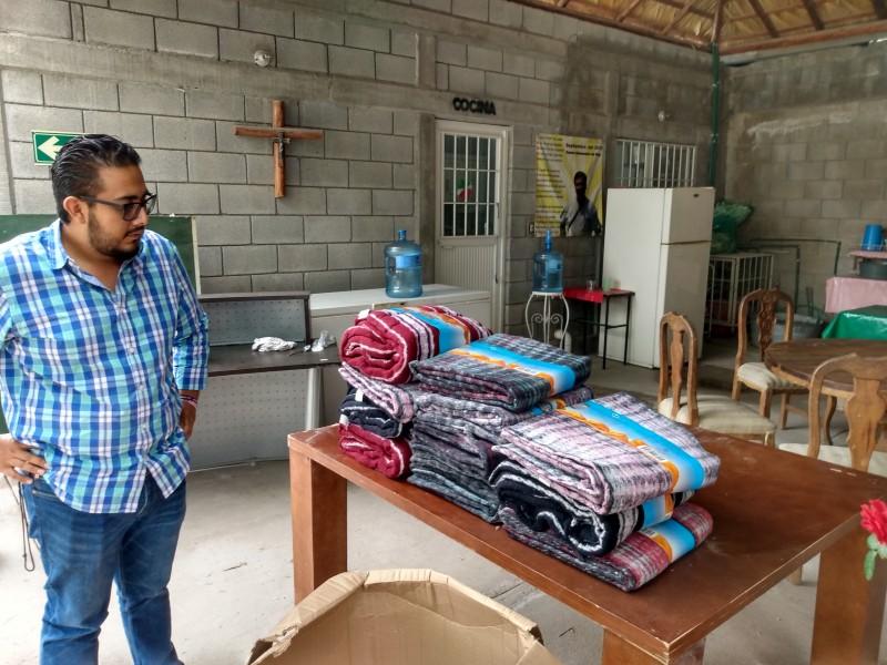 Casa de Migrantes solicita cobijas y ropa invernal