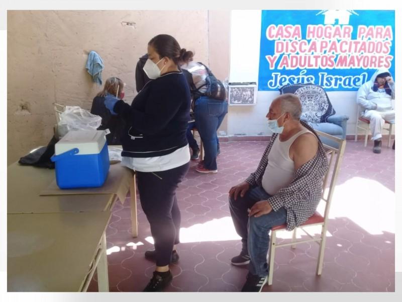 Casa hogar para discapacitados Jesús Israel recibe vacunas