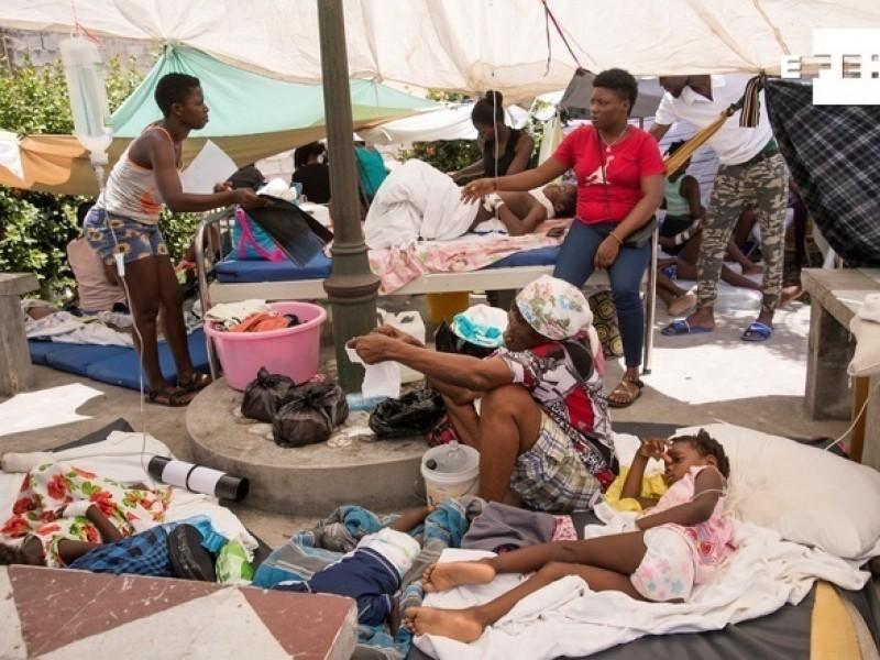 Casas de palo y lona para refugiarse en Haití