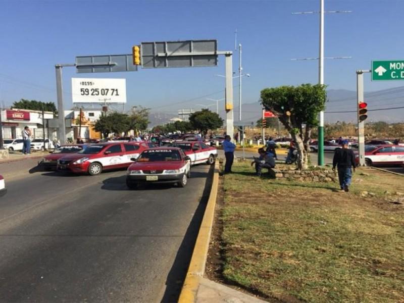 CATEM bloquean distintas partes de Oaxaca