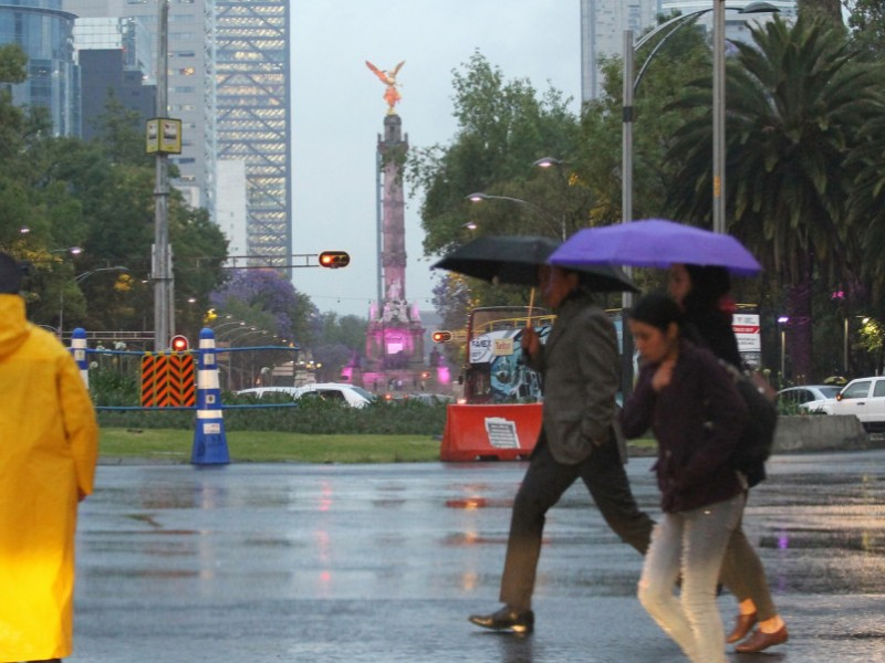 CDMX: Día caluroso y lluvias por la noche