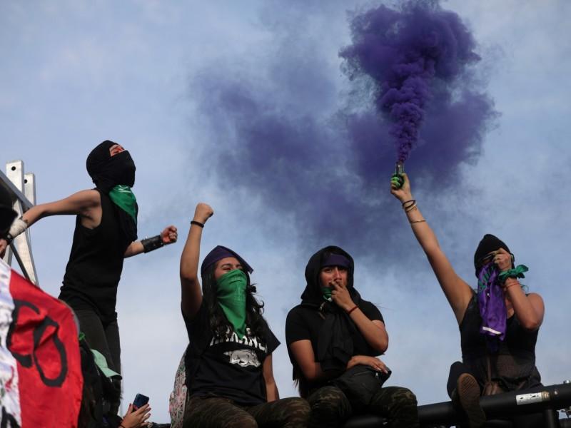 CDMX: Se registran enfrentamientos en marcha feminista